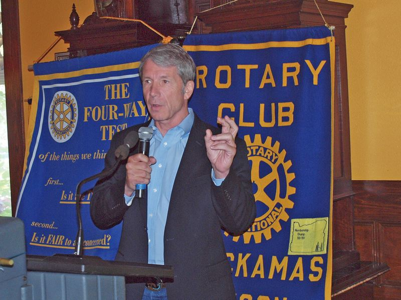 by: PHOTO COURTESY CLACKAMAS ROTARY CLUB - Congressman Kurt Schrader discusses the federal deficit on July 5 with constituents at the Clackamas Rotary Club.