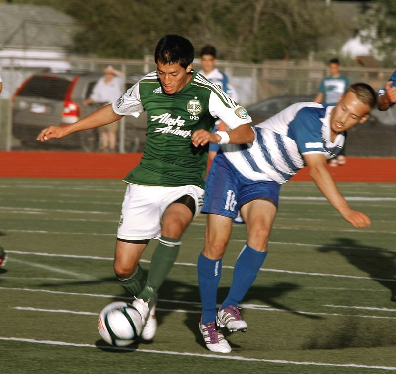 by: KRISTOPHER ANDERSON - Portland Timbers U-23s Roberto Farfan, a Centennial High alum, broke a 1-1 tie with a goal in the 69th minute, leading to a 2-1 win over the Kitsap Pumas on Sunday.