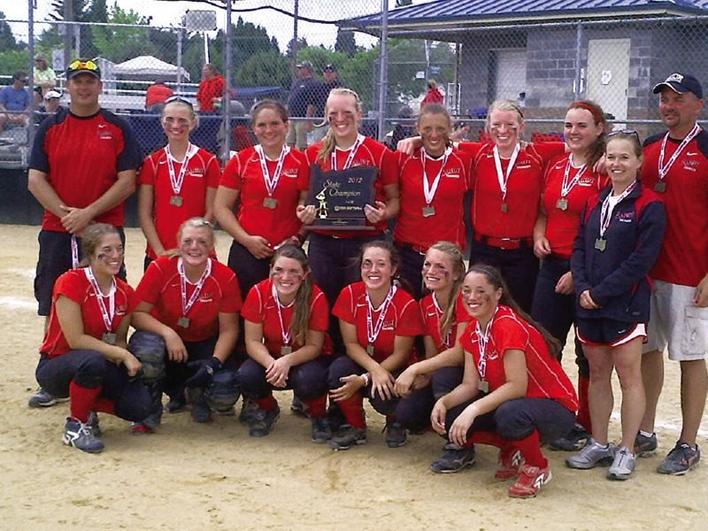 by: CONTRIBUTED PHOTO - The Sandy Thunder fastpitch softball team won the 16A ASA State Championship July 13-15. The Thunder dominated the field on their way to the title, going 6-0 while outscoring their opponents 35-8.