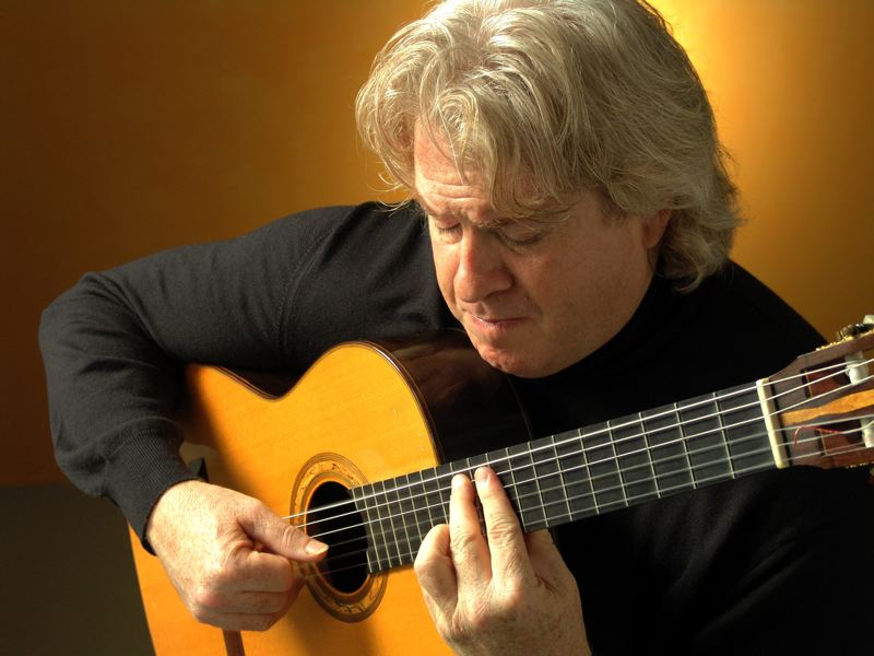 by: CONTRIBUTED PHOTO - Scott Kritzer is an internationally acclaimed classical guitarist who will perform at St. Aidan Episcopal Church in Gresham Sept. 16.