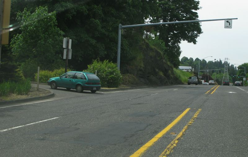 by: PHOTO BY RAYMOND RENDLEMAN - Some folks want the southbound McLoughlin Boulevard left turn to Tumwater Drive closed since there is a protected left-turn light within 500 feet.