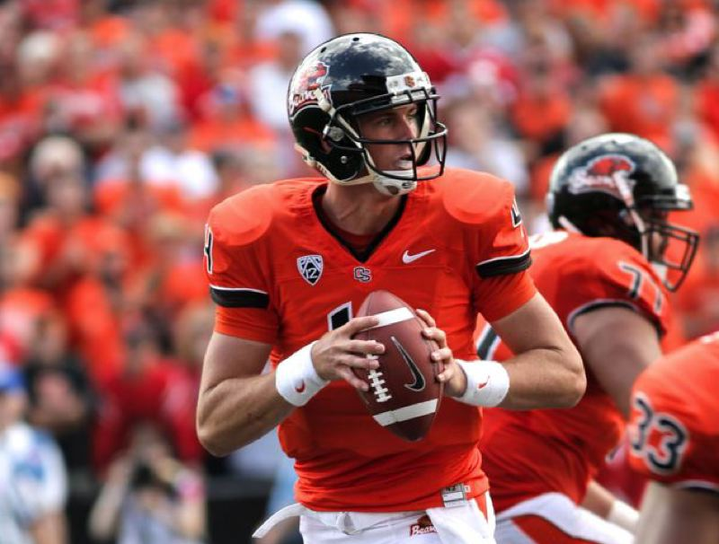 by: TRIBUNE PHOTO: JAIME VALDEZ - Sean Mannion, Oregon State quarterback, is out indefinitely with a knee injury.