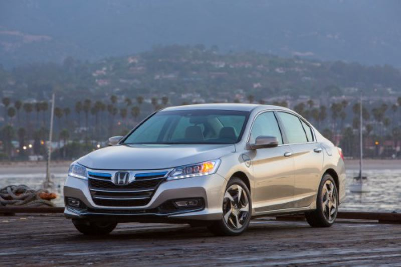 by: HONDA AMERICA MOTOR CO. - Beauty is more than skin deep with the revised 2013 Honda Accord.