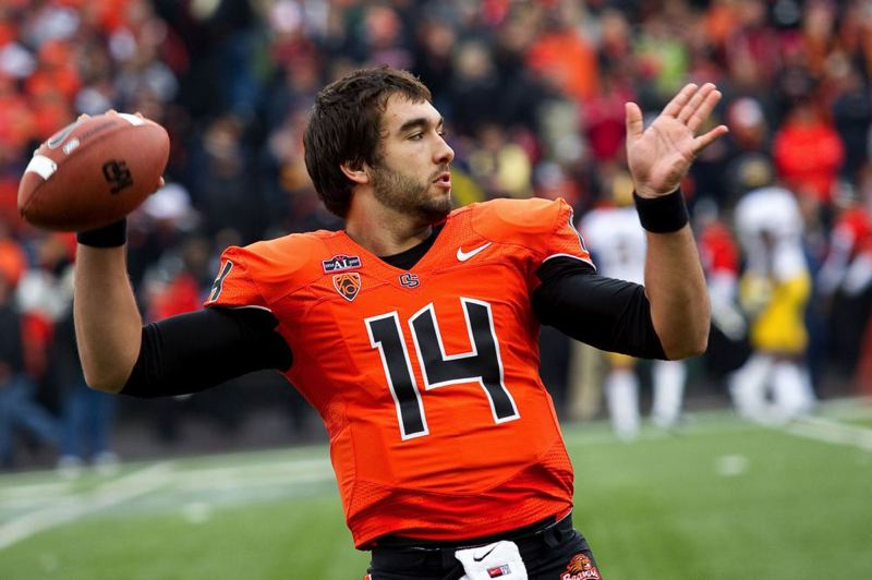 by: TRIBUNE FILE PHOTO: CHRISTOPHER ONSTOTT - Cody Vaz has received the starting job over fellow Oregon State quarterback Sean Mannion as the Beavers prepare to take on Texas in the Alamo Bowl.