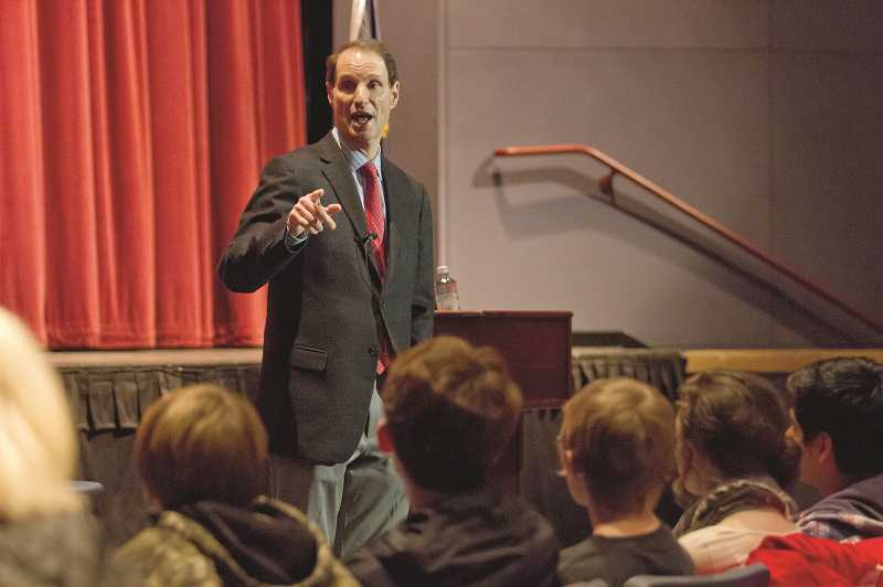 by: JONATHAN HOUSE - Sen. Ron Wyden addressed an audience Jan. 10, marking his Washington County stop in an annual tour to every county in the state.