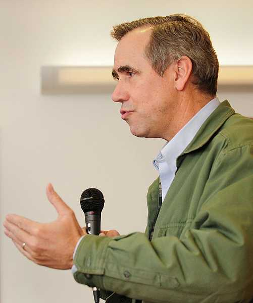 by: VERN UYETAKE - Sen. Merkley spoke to residents at the West Linn Adult Community Center on Jan. 9.
