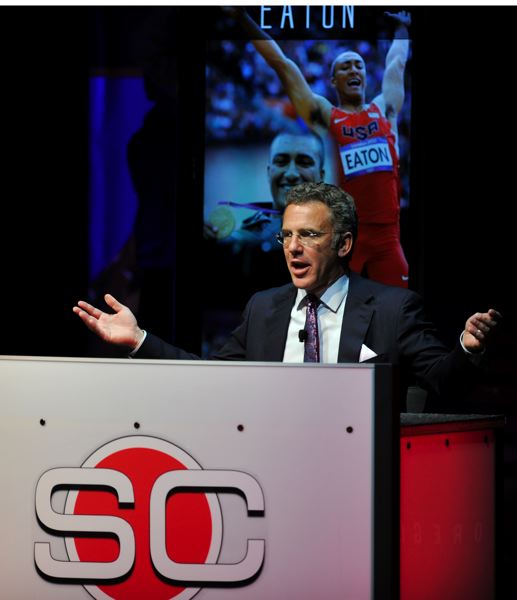 by: JOHN LARIVIERE - Neil Everett gets into the Oregon Sports Awards with a familiar setting - the look of his usual set on ESPN SportsCenter.