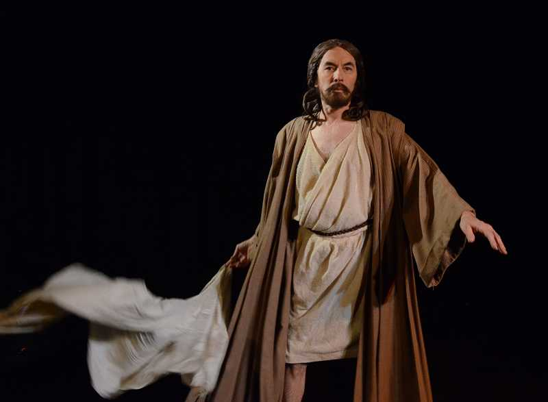 by: COURTESY ST. LUKE PRODUCTIONS - ST. FRANCIS-BOUND - Actor Leonardo Defilippis performs in 'The Passion According to Saint Luke.'