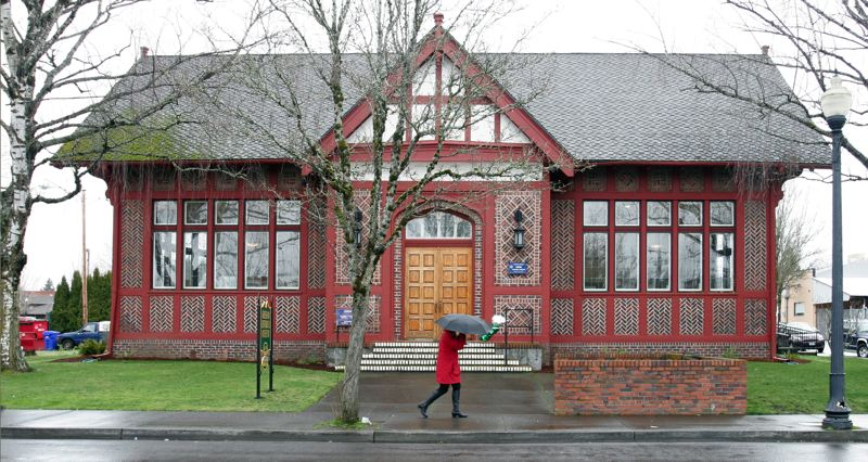 by: OUTLOOK PHOTO: JIM CLARK - The historic Carnegie Library in downtown Gresham celebrate its 100th birthday on Friday, March 1.