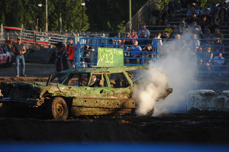 by: HILLSBORO TRIBUNE PHOTO: STEPHANIE HAUGEN