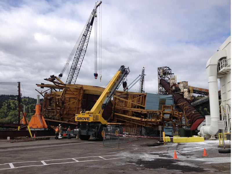 by: PORT OF PORTLAND - No one was hurt when this crane collapsed at the Port of Portland on Saturday.