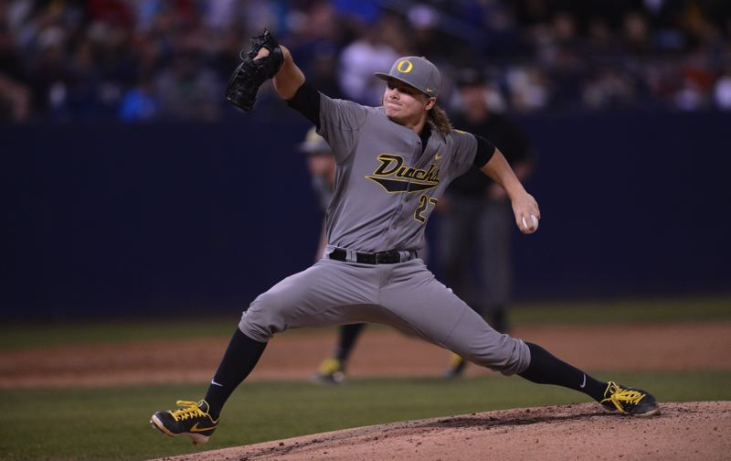 by: ERIC EVANS/UNIVERSITY OF OREGON - Sophomore Tommy Thorpe is in the Oregon Ducks starting rotation.