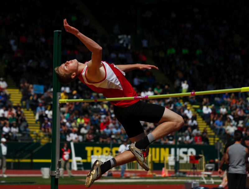 by: JONATHAN HOUSE - Oregon City High School sophomore Austin DeWitz was a surprise winner in the high jump at the Class 6A State High School Track and Field Championships.
