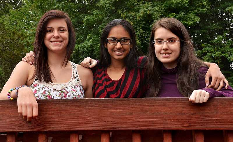 by: REVIEW PHOTO: VERN UYETAKE - Park Academy seniors, from left, are Monica Moore, Harkiran Mann and Rebecca King.