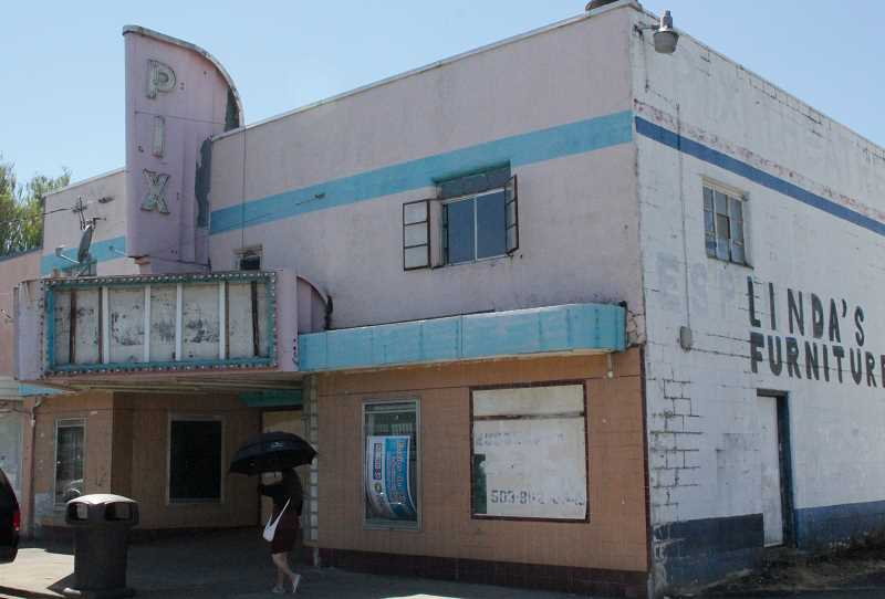 by: BY JEFF MCDONALD - Some Woodburn city councilors are concerned about the deteriorating condition of the 1948-built Pix Theater, which is now vacant.
