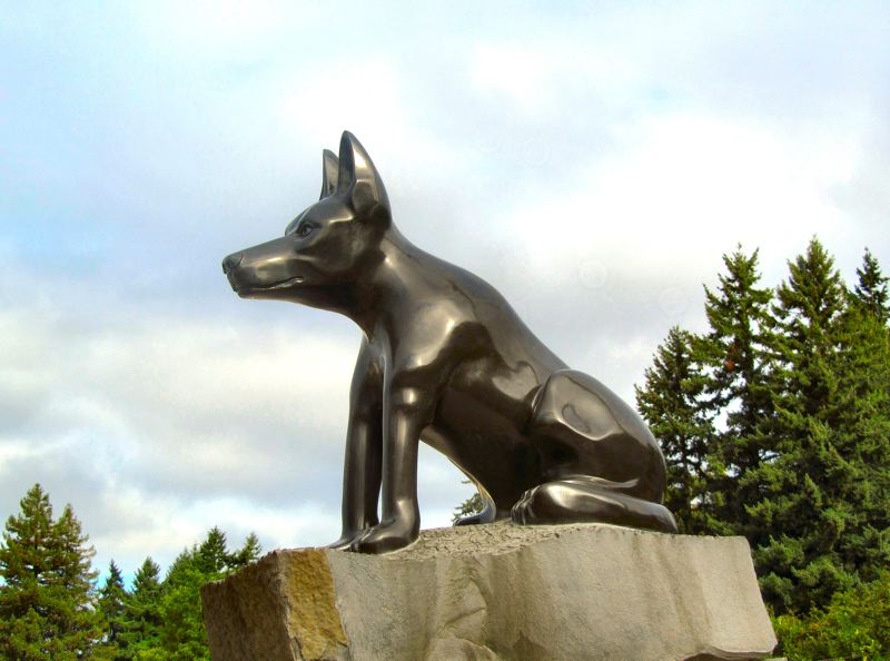 by: ERIC NORBERG - K-9 Kane, knifed to death by a suspect in Clark County in April of 2011, has been memorialized in stone by Johnson Creek Boulevard sculptor Mark McLean, who prepared the statue for transport to its presentation to the Clark County Sheriffs Office on August 20th.