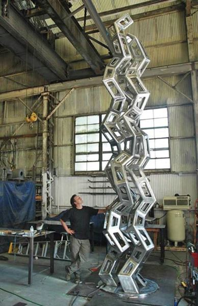 by: COURTESY OF JULIAN VOSS-ANDREAE - Julian Voss-Andreae, a former quantum physicist, produced the sculpture Synergy for Rutgers University.