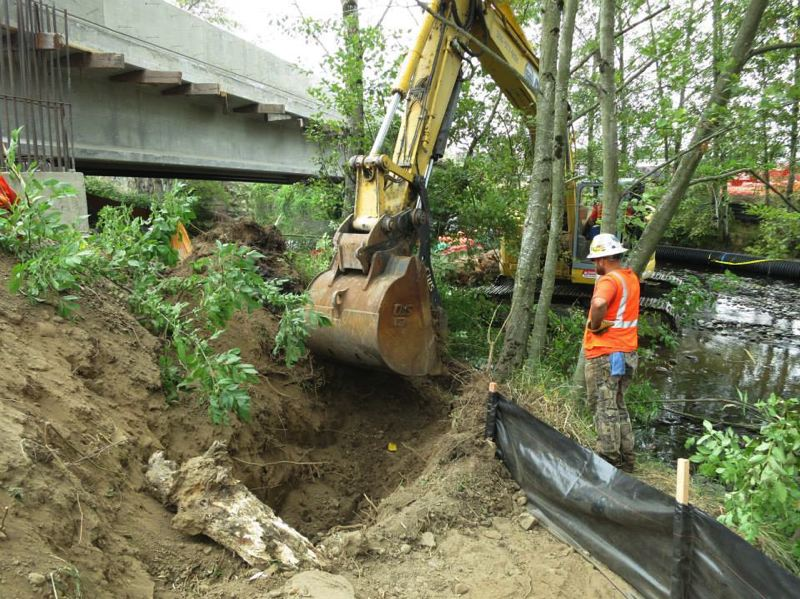by: PHOTOS COURTESY OF ESA VIGIL-AGRIMIS - TriMet is working with contractors to restore habitat and bring more attention to conservation issues along Johnson Creek as it builds light rail from Portland to Oak Grove.
