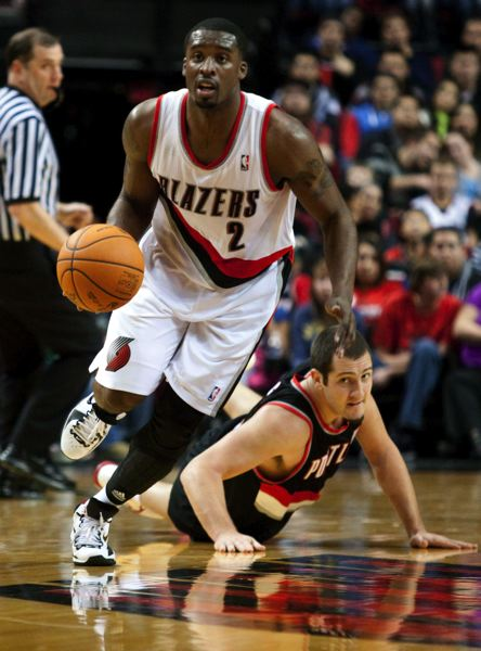 by: TRIBUNE FILE PHOTO: CHRISTOPHER ONSTOTT - Guard Wesley Matthews, one of four returning starters, says he thinks the Blazers, who have added center Robin Lopez and a handful of other new players, have what it takes to make the NBA playoffs.