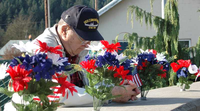 by:  ISABEL GAUTSCHI - Citizens gathered at the Estacada Veterans Memorial for a Veterans Day Ceremony Monday, Nov. 11.