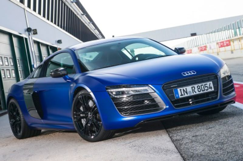 by: AUDI PRESS AG - The 2014 Audi R8 V10 is striking from any angle.