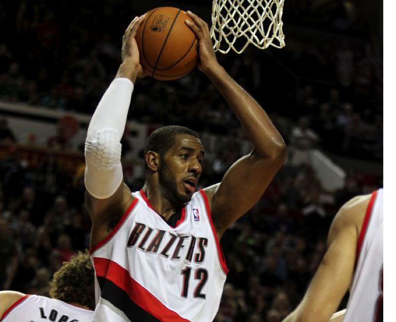 by: TRIBUNE FILE PHOTO: JONATHAN HOUSE - LaMarcus Aldridge pulled down 21 rebounds in Saturday night's win at Golden State.