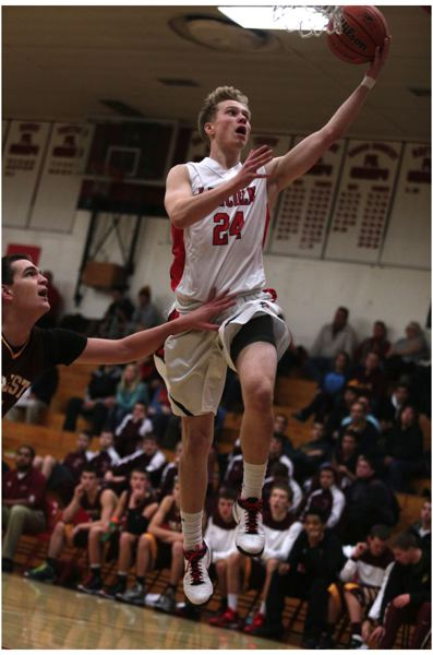 by: TRIBUNE PHOTO: JONATHAN HOUSE - Lincoln's Bailey Hazard gets the easy layup against Forest Grove.