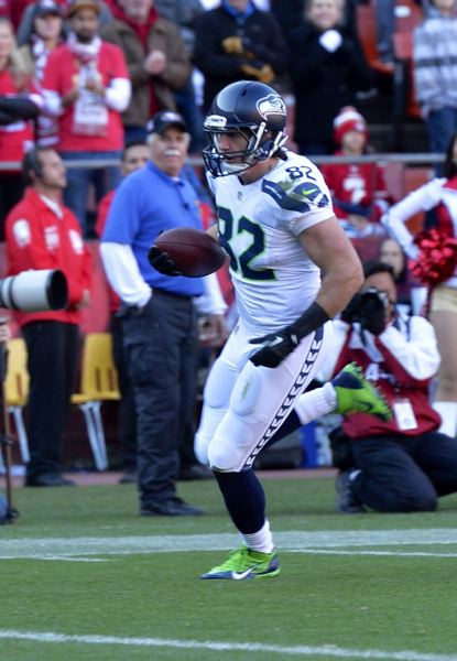 by: COURTESY OF MICHAEL WORKMAN - Luke Willson runs in with a 38-yard touchdown catch from Seattle quarterback Russell Wilson.