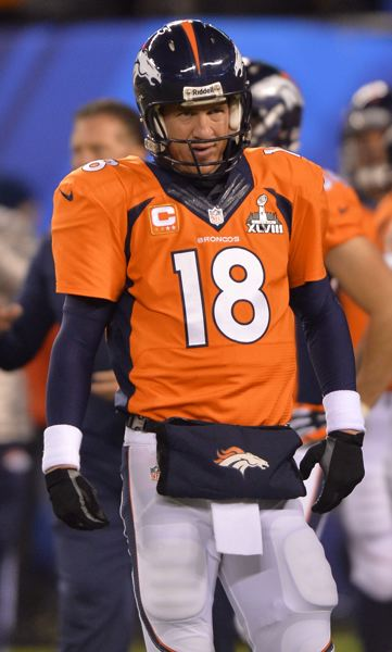 Denver quarterback Peyton Manning sees his Super Bowl victory chances slip away early.