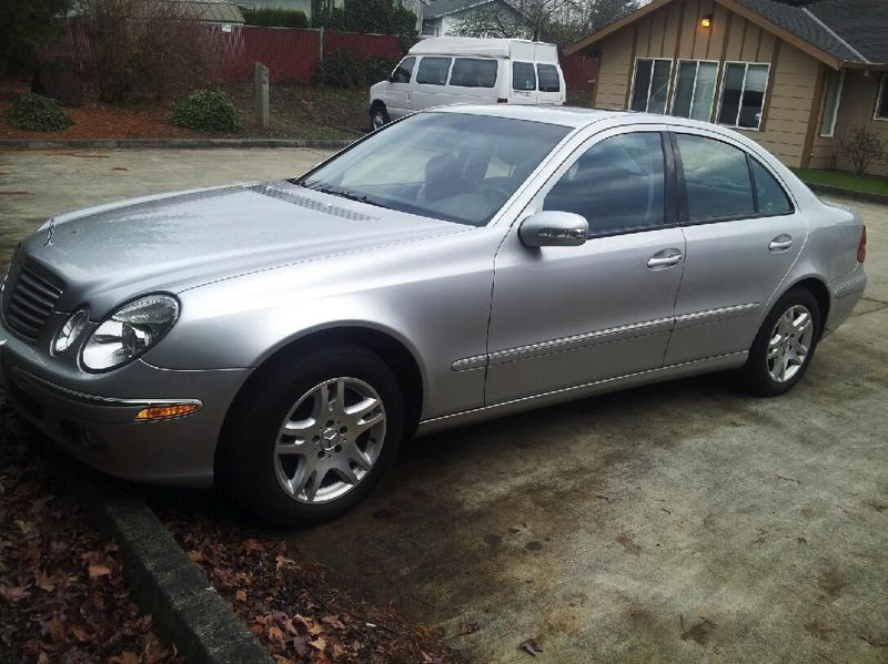 by: CLACKAMAS COUNTY SHERIFF'S OFFICE - This 2004 Mercedes 320 is the vehicle driven by murder suspect Dirck White.
