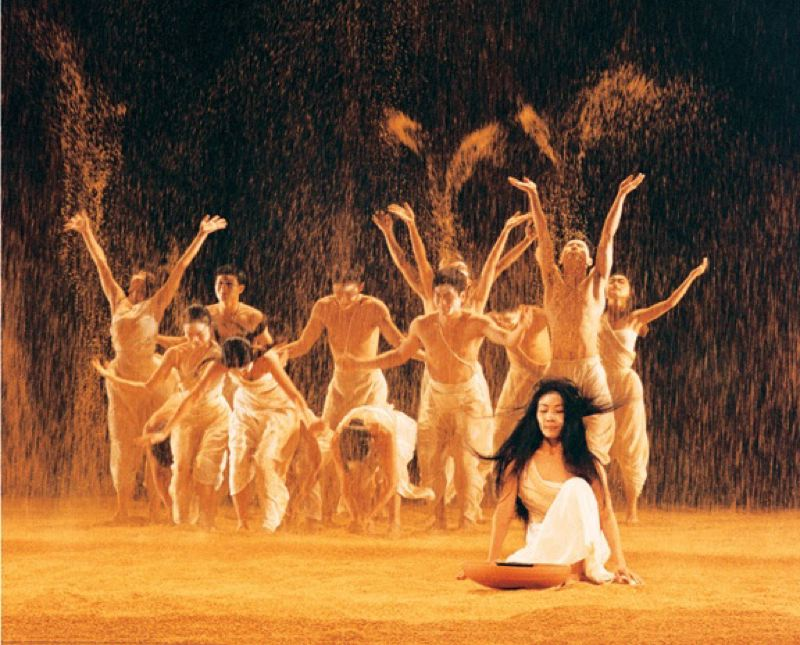 by: COURTESY OF YU HUI-HUNG - Cloud Gate Dance Theatre entertain dance crowds in Portland in the coming days.