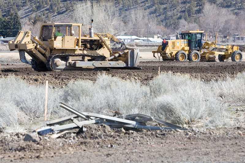by: KEVIN SPERL - Construction has begun on the new St. Charles Hospital in Prineville.