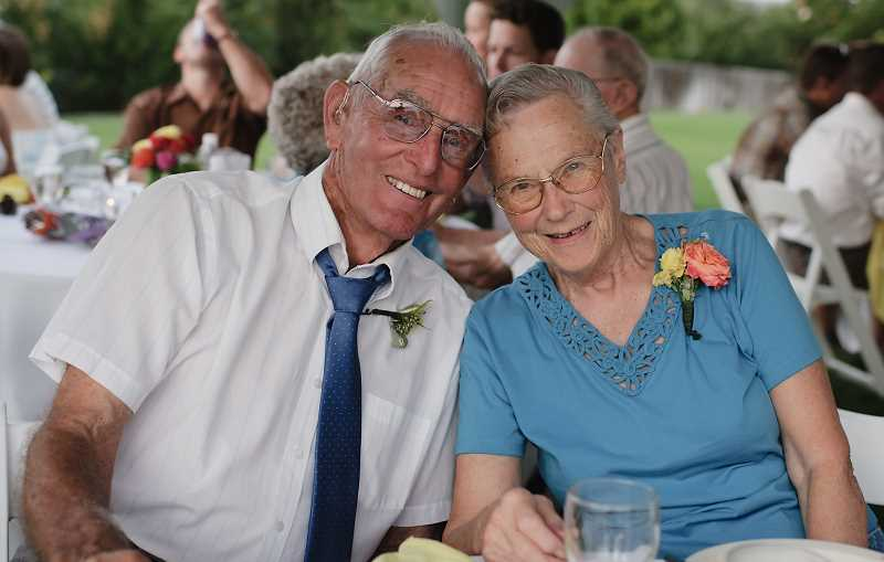 by: RONDA DIVERS - Marlin and Arlene Hammond, shown above in a recent photo, just celebrated their 70th wedding anniversary.