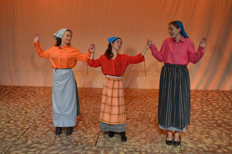 by: PHOTO BY MICHELLE LEIGH - Three of Tevye's daughters are portrayed by, from left, Alexis Davis, as Chava, Melanie Erickson, as Hodel, and Leah Kemeny, as Tzeitel.