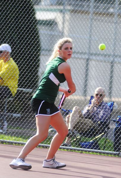 by: MATTHEW SHERMAN - West Linn's Becca Cruze eyes a backhand during her straight sets win against Grant.