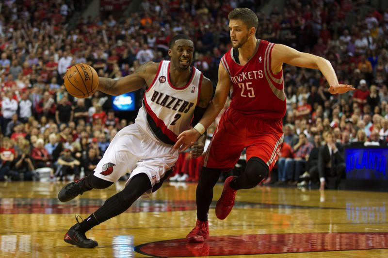Blazers guard Wesley Matthews tries to dribble past Houston's Chandler Parsons.
