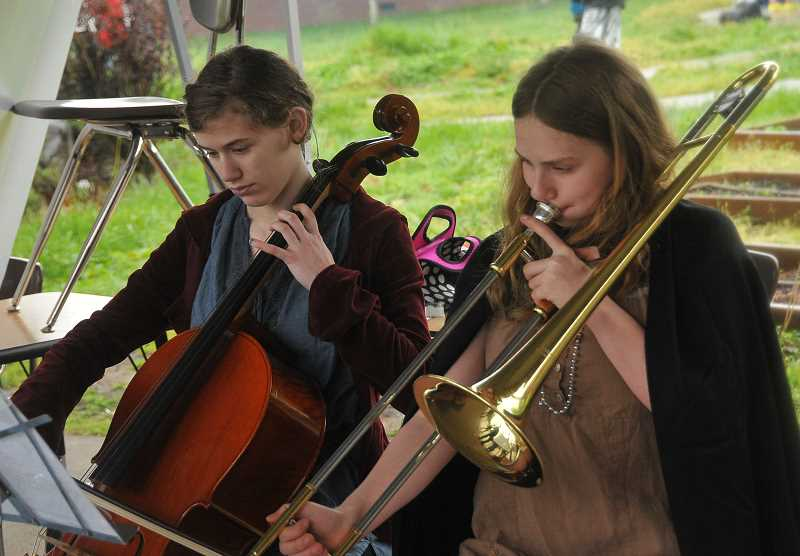 by: REVIEW PHOTO: VERN UYETAKE - Natalie Sackville-West, left, and Rowan Hansen play Renaissance tunes.