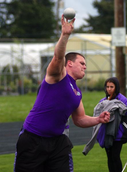 by: DAN BROOD - Horizon Christian senior Brian Satterwhite, shown here in a meet earlier this season, took fourth place in the shot put competition at the Class 3A state track meet.