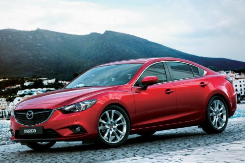 by: MAZDA NORTH AMERICAN OPERATIONS - Striking good looks are only the begiinning of the charms of the 2015 Mazda6.
