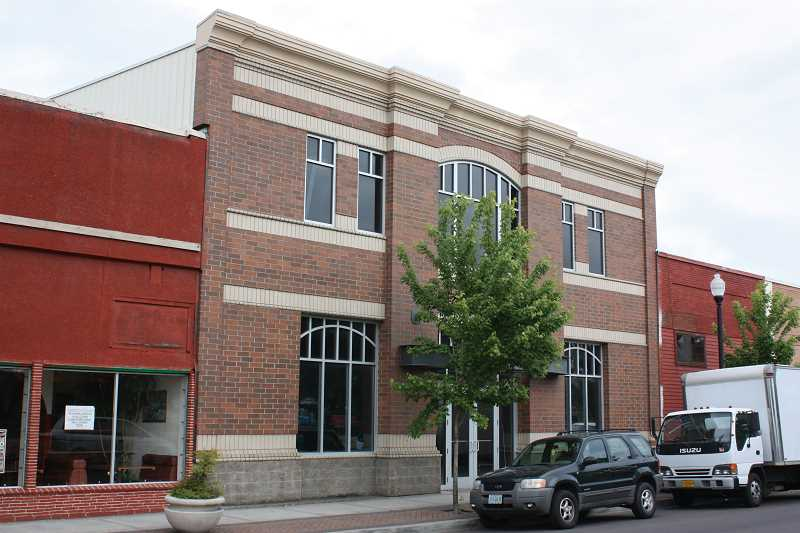 by: TYLER FRANCKE | WOODBURN INDEPENDENT - Woodburn city officials are stepping up their efforts to find a user or buyer for the Association Building.