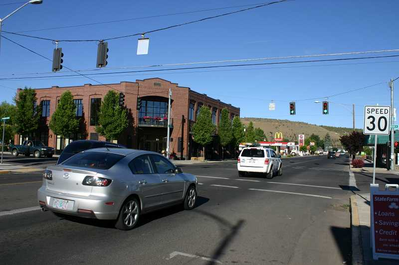 by: JASON CHANEY - Traffic signals on Third Street from Elm Street to Harwood Street are undergoing changes to speed up the flow of traffic down the road.