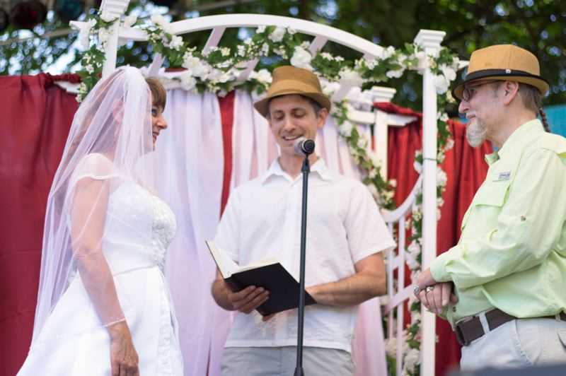 by: TRIBUNE PHOTO: LACEY JACOBY - Robert and Maureen Dale were married Friday at the Safeway Waterfront Blues Festival. The couple met at the blues festival seven years ago.