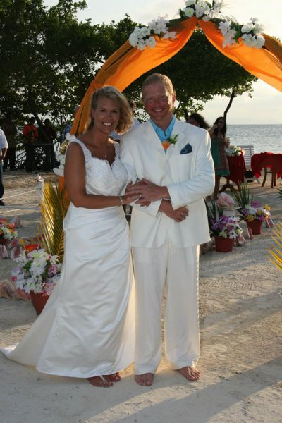 by: SUBMITTED PHOTO - Jackie and Michael Henderson celebrated their marriage on the beach in Belize on May 5, 2012.