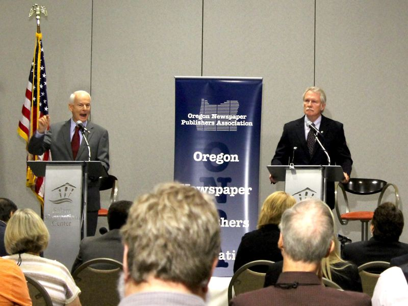 by: TRIBUNE PHOTO: STEFANIE DONAGHUE - State Rep. Dennis Richards makes a point during Friday morning's debate with Gov. John Kitzhaber in Salem. Debate hosted by the Oregon Newspaper Publishers Association was the first joint appearance between the two candidates of the campaign.