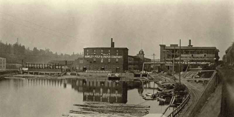Photo Credit: PHOTO COURTESY: OLDOREGONPHOTOS.COM - Likely 1909: Imperial Mills is now Hawley Mill B; addition of two stories to 1880 warehouse, right.
