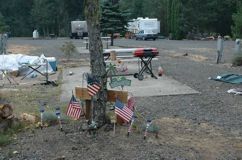 Photo Credit: ESTACADA NEWS PHOTO: ISABEL GAUTSCHI - Residents of the Silver Fox RV park had to leave in a hurry when they were evacuated Sunday morning.