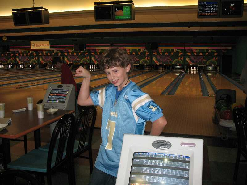 Photo Credit: SUBMITTED PHOTO - Teens are invited to participate in Friday Night field trips. The next outing will be to Tigard Bowl on Jan. 23.