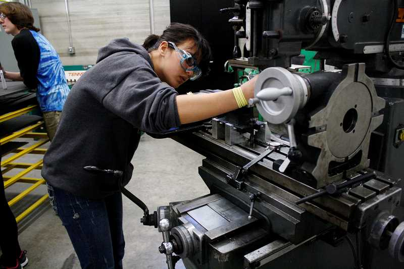 Welding college subjects first year