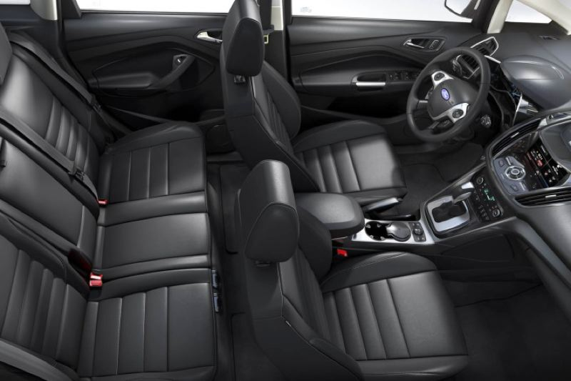 FORD MOTOR COMPANY   Thereu0027s Plent Of Room For Five Inside The 2016 Ford C