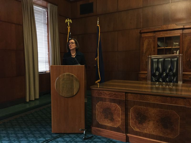 PARIS ACHEN - Gov. Kate Brown announces her 2016 agenda and priorities Jan. 20, 2016, in the governor's ceremonial office at the Oregon Capitol in Salem.